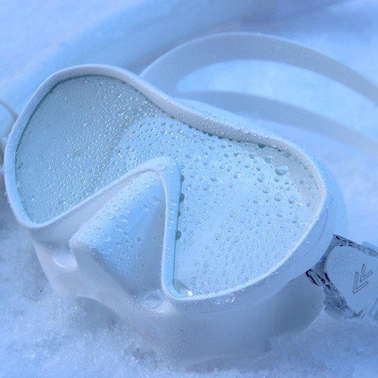 white-silicone-underwater-mask