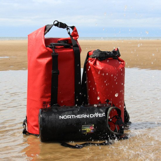 Our Dry Seal dry bags have a secure 100% watertight closure, the dry seal creates a vacuum like seal which is why it won't let water in