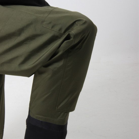 Men's Green Fly Fishing Waders with Socks - close up of knee flexibility and double taping in high-w