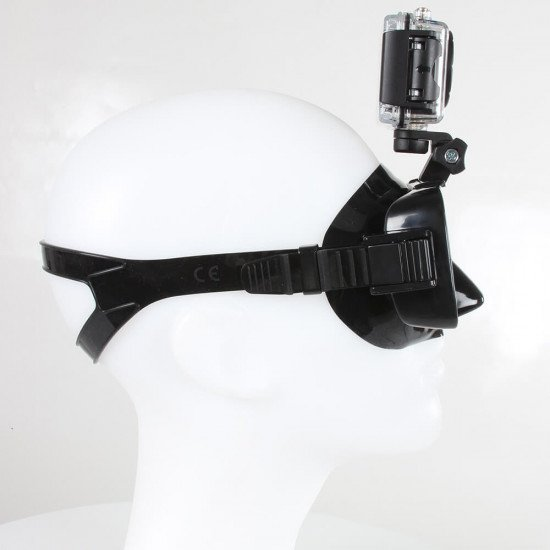 Adjustable up and down motion on the pro-vision dive mask