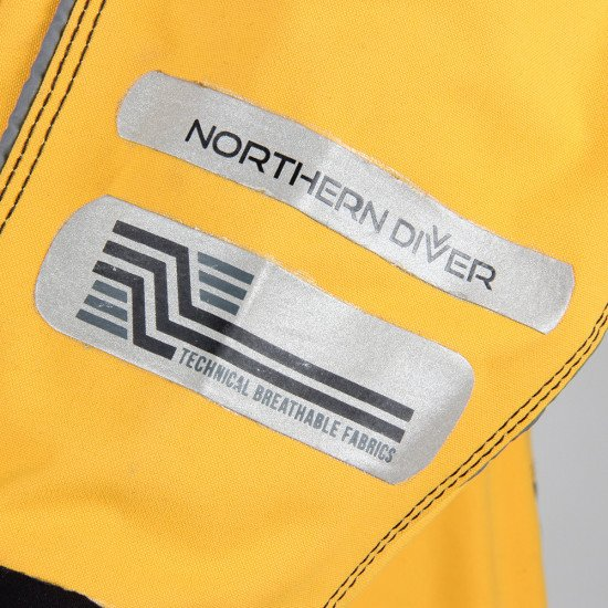 Reflective printing on the amber 320D watersport rescue surface suit