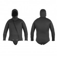 The wetsuit jacket is a popular combination as it offers freedom of movement for the legs, and the b