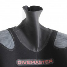 The Divemaster Sport can be used in conjunction with any undersuit in our range