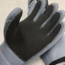 zipped-gloves-kevlar-palm-002
