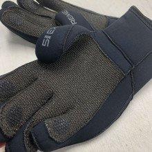 zipped-gloves-kevlar-palm-003
