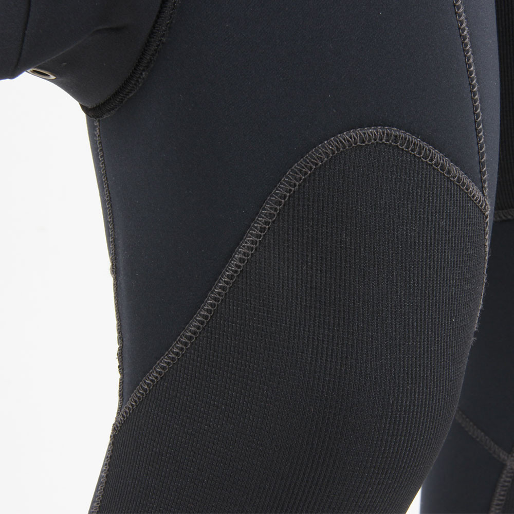 7mm Rear Entry Wetsuit - close-up of additional knee protection