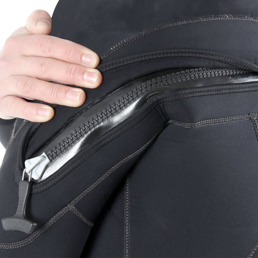 7mm Rear Entry Wetsuit - close-up of YKK® zip, zip pull and neoprene zip cover