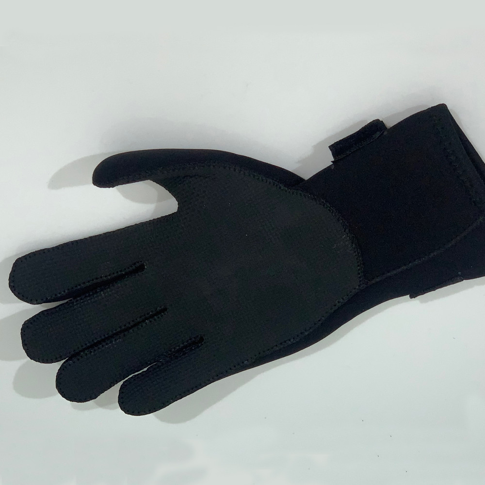 3mm Neoprene Gloves - palm up